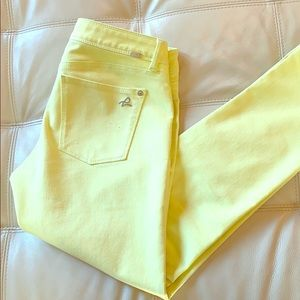 BUTTER YELLOW DL1961 SKINNY JEANS